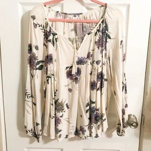 Old Navy Cream Blouse X-Large